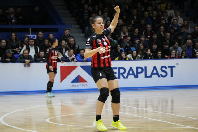 SZILVIA SZABO – pentru cel puțin încă un sezon alături de Gloria 2018